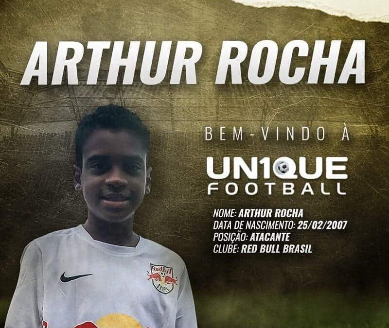 Arthur Rocha, atacante do Red Bull Brasil, é o novo cliente da Un1que Football