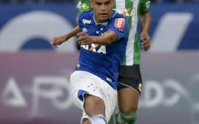 Alisson comemora volta ao Cruzeiro e explica trabalhos de força e recuperação