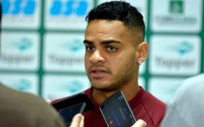 Juninho fala sobre chance como titular no Guarani e expectativa de voltar ao G4 da Série B