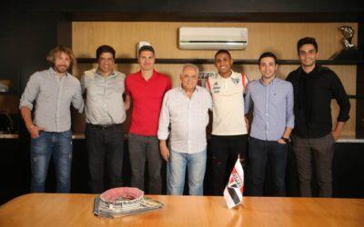 São Paulo acerta renovação de Bruno Alves até 2023