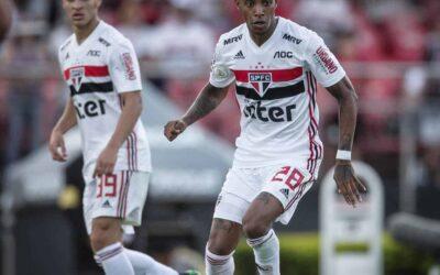 Canhoto? Tchê Tchê usa pé esquerdo para marcar pelo São Paulo: 'É muito treino'