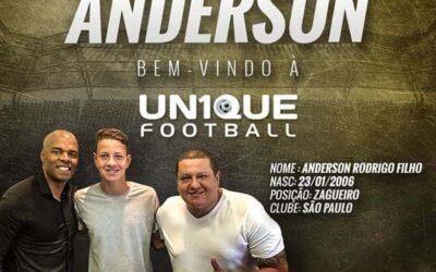 Anderson, zagueiro do São Paulo Sub-13, é o novo cliente da Un1que Football