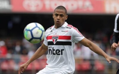 """Bruno Alves fala sobre maturidade no São Paulo: """"Tijolinho por tijolinho"""""""