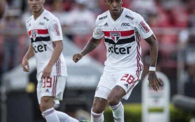 Atleta de linha do São Paulo que mais atuou no Brasileirão, Tchê Tchê é destaque no Ge.com