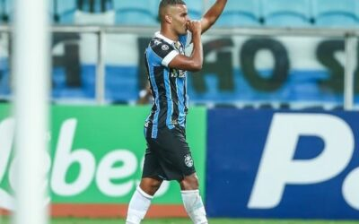 Com bela atuação de Alisson, Grêmio goleia e avança à semifinal do Gauchão